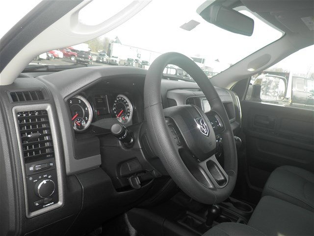 2018 Ram 2500 Crew Cab 4x4, Pickup #C18196 - photo 25