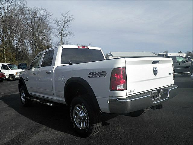 2018 Ram 2500 Crew Cab 4x4, Pickup #C18196 - photo 2