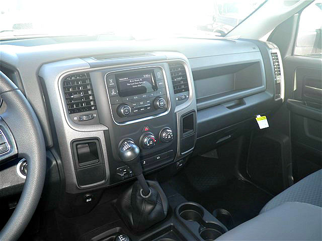 2018 Ram 2500 Crew Cab 4x4, Pickup #C18197 - photo 30