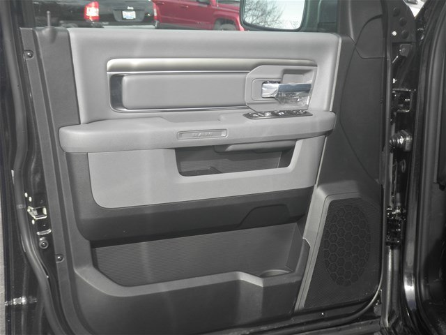 2018 Ram 1500 Crew Cab 4x4, Pickup #C18244 - photo 21