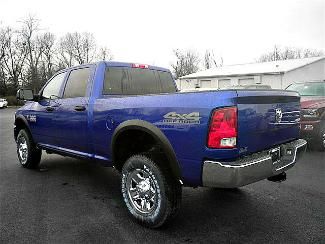2018 Ram 2500 Crew Cab 4x4, Pickup #C18249 - photo 2