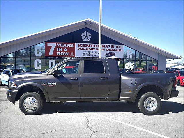 2018 Ram 3500 Mega Cab DRW 4x4,  Pickup #C18259 - photo 3