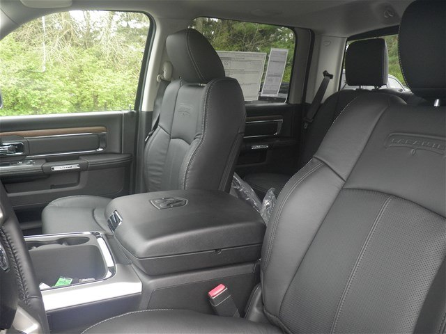 2018 Ram 1500 Crew Cab 4x4, Pickup #C18379 - photo 22