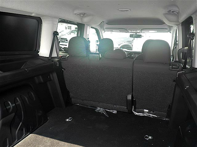2018 ProMaster City FWD,  Empty Cargo Van #C18586 - photo 10