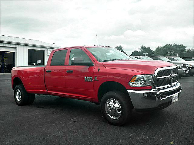 2018 Ram 3500 Crew Cab DRW 4x4,  Pickup #C18622 - photo 10