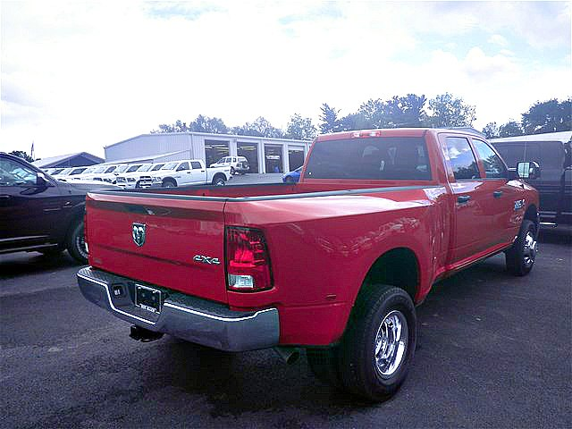 2018 Ram 3500 Crew Cab DRW 4x4,  Pickup #C18622 - photo 8