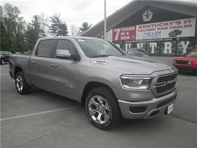 2019 Ram 1500 Crew Cab 4x4, Pickup #C19022 - photo 11