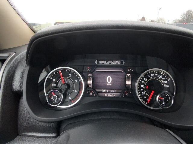2019 Ram 3500 Regular Cab DRW 4x4, Hillsboro Platform Body #C19498 - photo 17