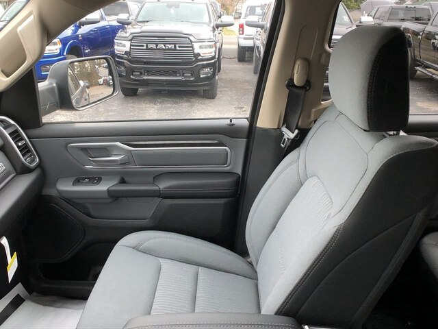 2020 Ram 1500 Crew Cab 4x4, Pickup #C20222 - photo 24