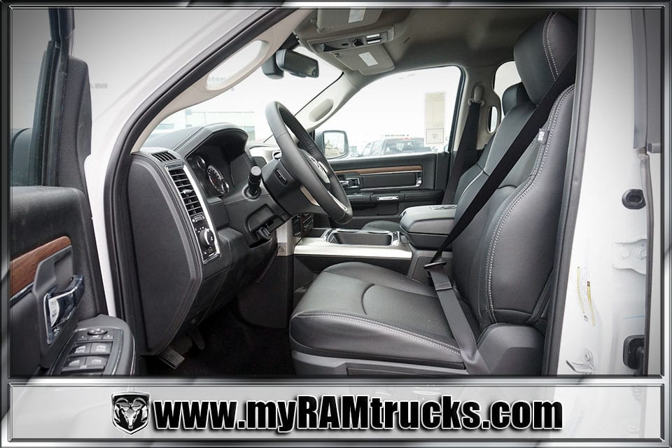 2017 Ram 2500 Crew Cab 4x4 Pickup #7T4304 - photo 24