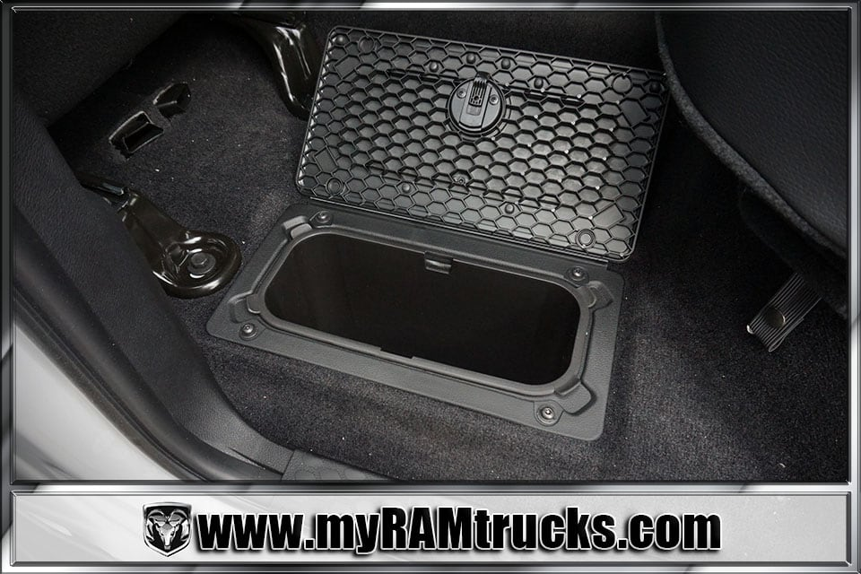 2017 Ram 2500 Crew Cab 4x4 Pickup #7T4304 - photo 28