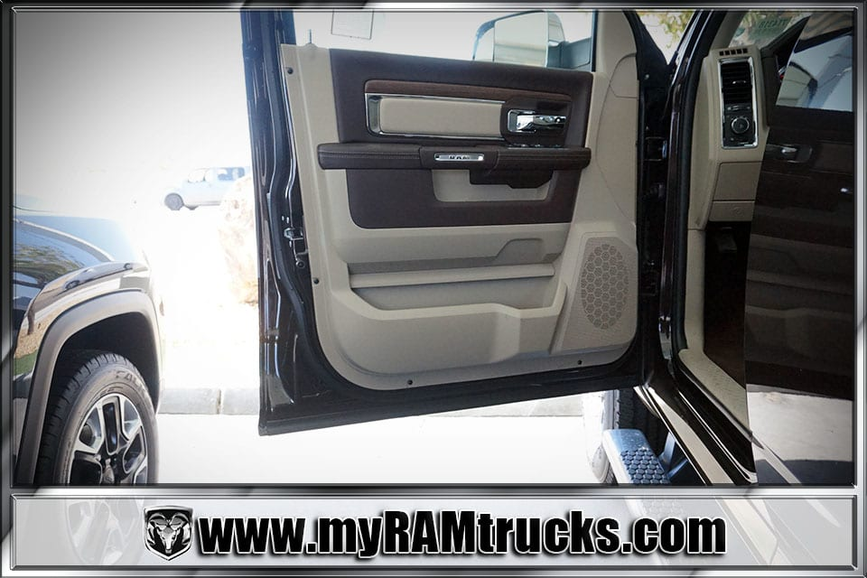 2017 Ram 2500 Crew Cab 4x4 Pickup #7T4318 - photo 10