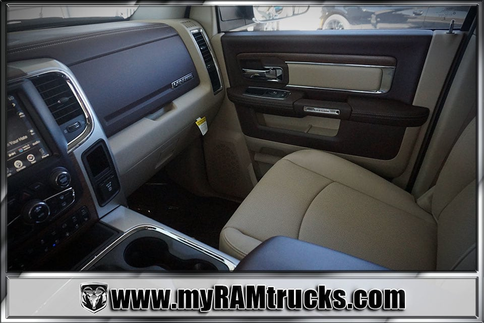 2017 Ram 2500 Crew Cab 4x4 Pickup #7T4318 - photo 24