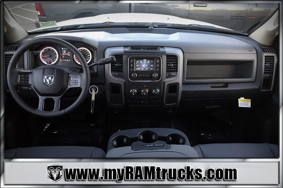 2018 Ram 2500 Crew Cab 4x4 Pickup #8T3010 - photo 16