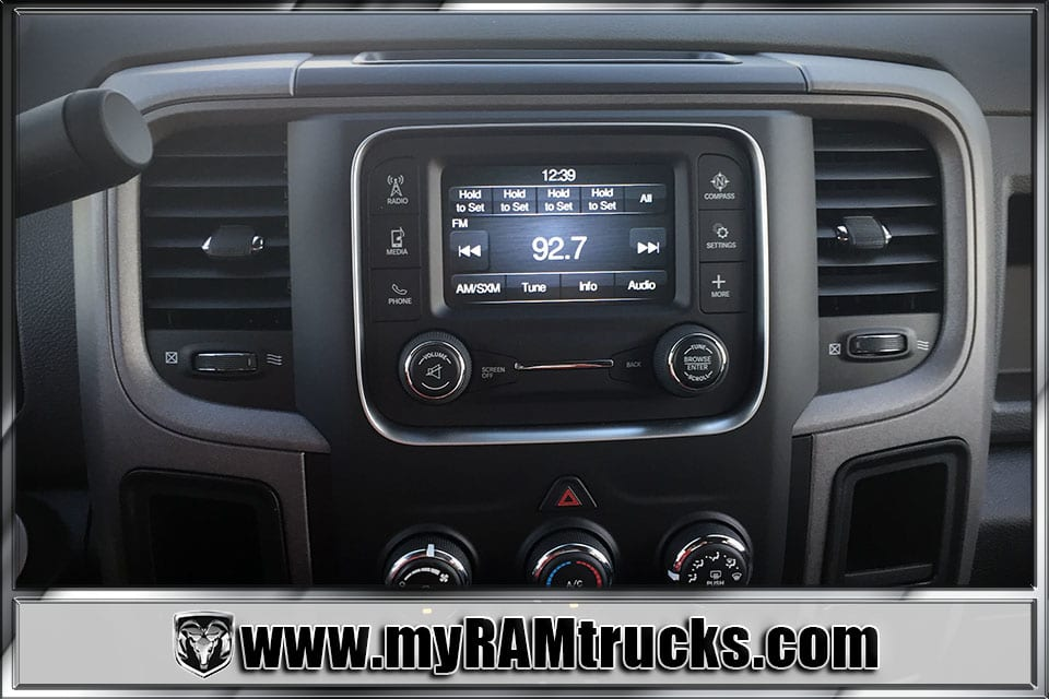 2018 Ram 2500 Crew Cab 4x4 Pickup #8T3010 - photo 17