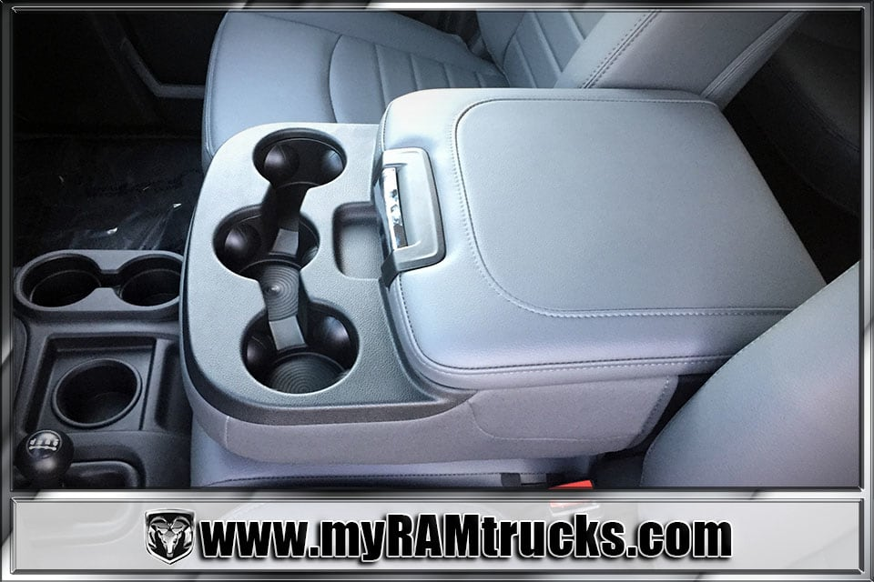 2018 Ram 2500 Crew Cab 4x4 Pickup #8T3010 - photo 21