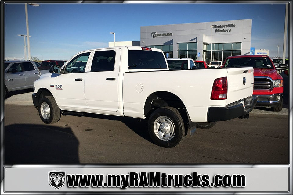 2018 Ram 2500 Crew Cab 4x4 Pickup #8T3010 - photo 2