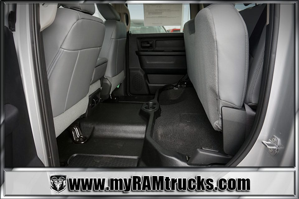 2018 Ram 2500 Crew Cab 4x4 Pickup #8T3014 - photo 26