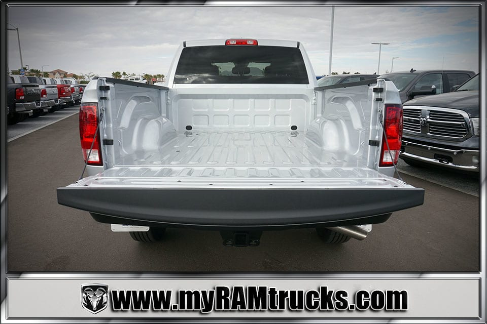 2018 Ram 2500 Crew Cab 4x4 Pickup #8T3014 - photo 28
