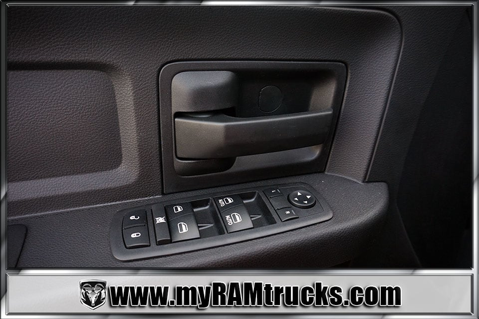 2018 Ram 2500 Crew Cab 4x4 Pickup #8T3017 - photo 11