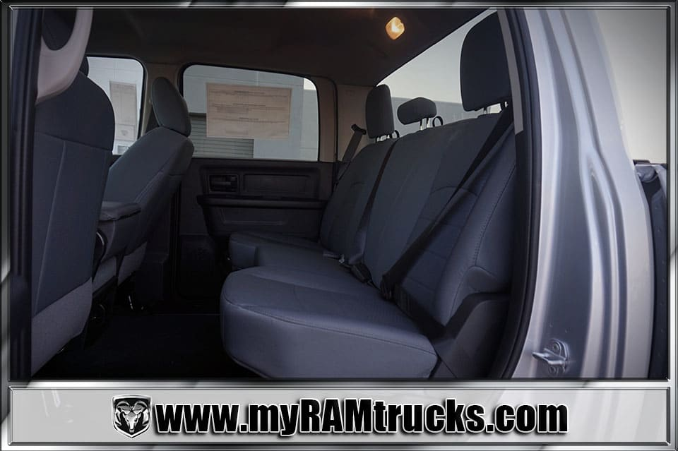 2018 Ram 2500 Crew Cab 4x4 Pickup #8T3017 - photo 25