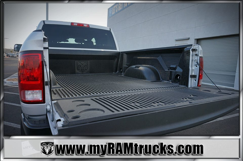 2018 Ram 2500 Crew Cab 4x4 Pickup #8T3017 - photo 28