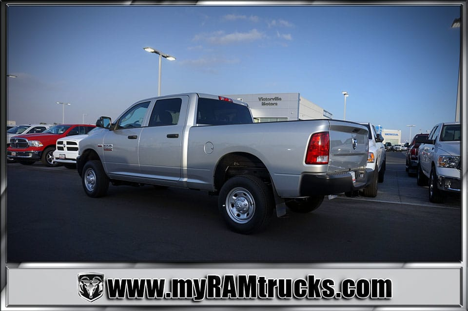 2018 Ram 2500 Crew Cab 4x4 Pickup #8T3017 - photo 2