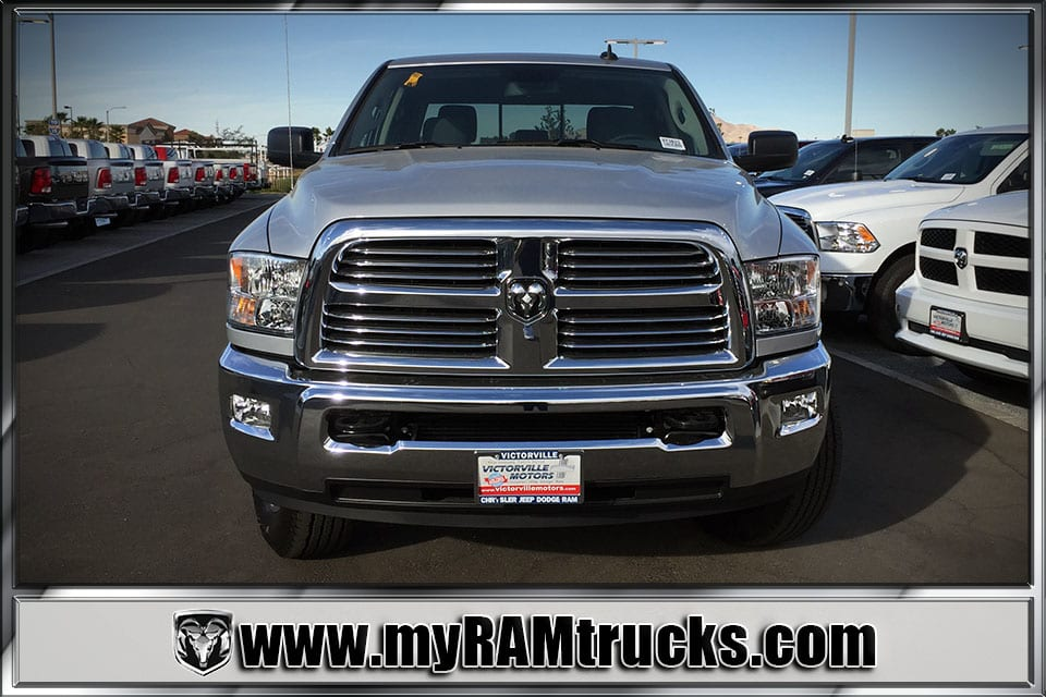 2018 Ram 2500 Crew Cab 4x4 Pickup #8T3023 - photo 3