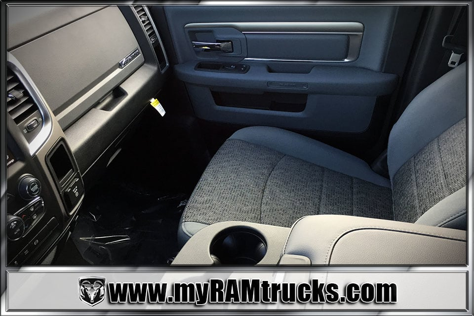 2018 Ram 2500 Crew Cab 4x4 Pickup #8T3023 - photo 22