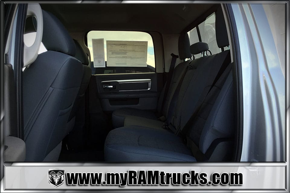 2018 Ram 2500 Crew Cab 4x4 Pickup #8T3023 - photo 25