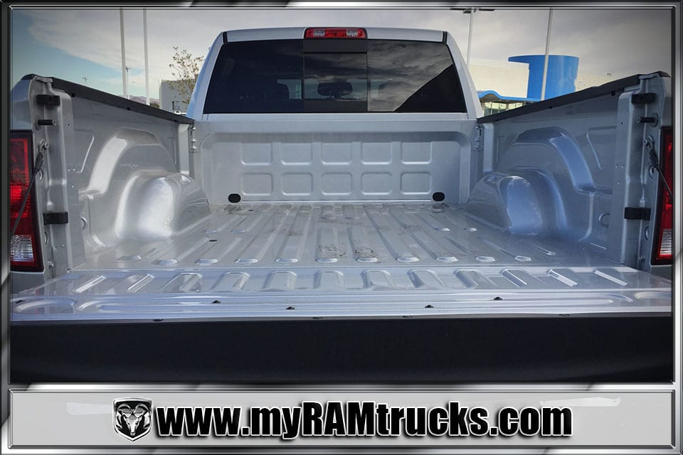 2018 Ram 2500 Crew Cab 4x4 Pickup #8T3023 - photo 28