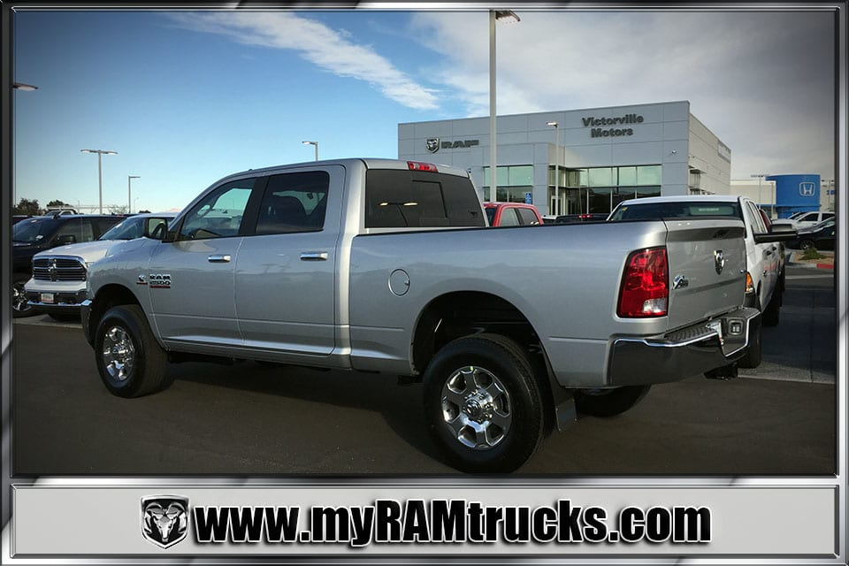 2018 Ram 2500 Crew Cab 4x4 Pickup #8T3023 - photo 2
