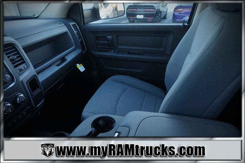 2018 Ram 2500 Crew Cab 4x4 Pickup #8T3028 - photo 23