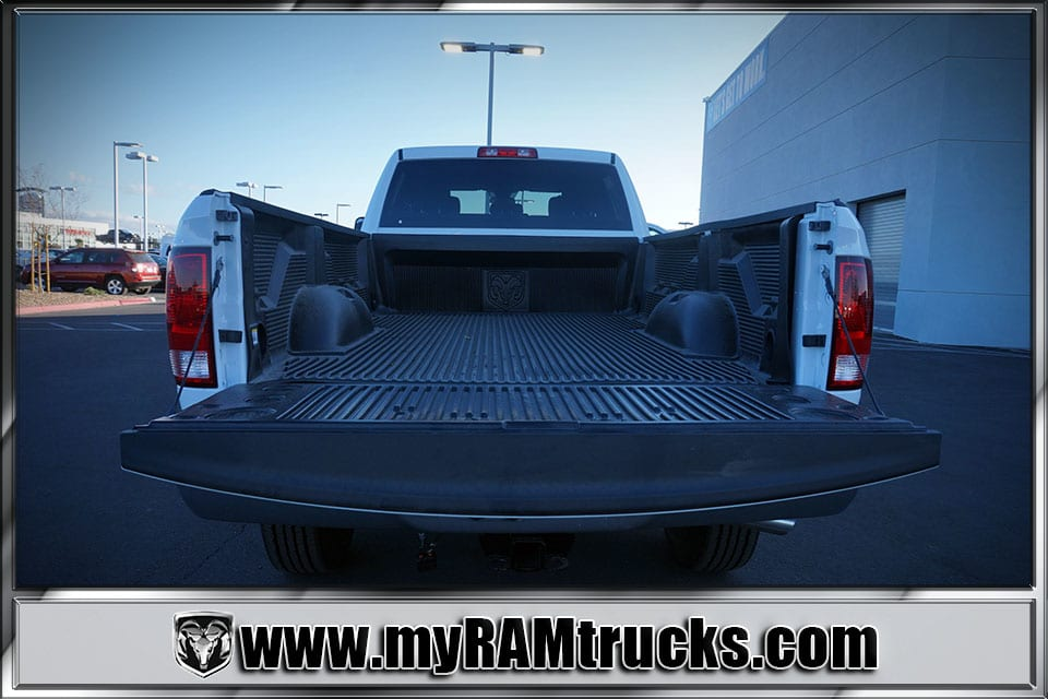 2018 Ram 2500 Crew Cab 4x4 Pickup #8T3028 - photo 28