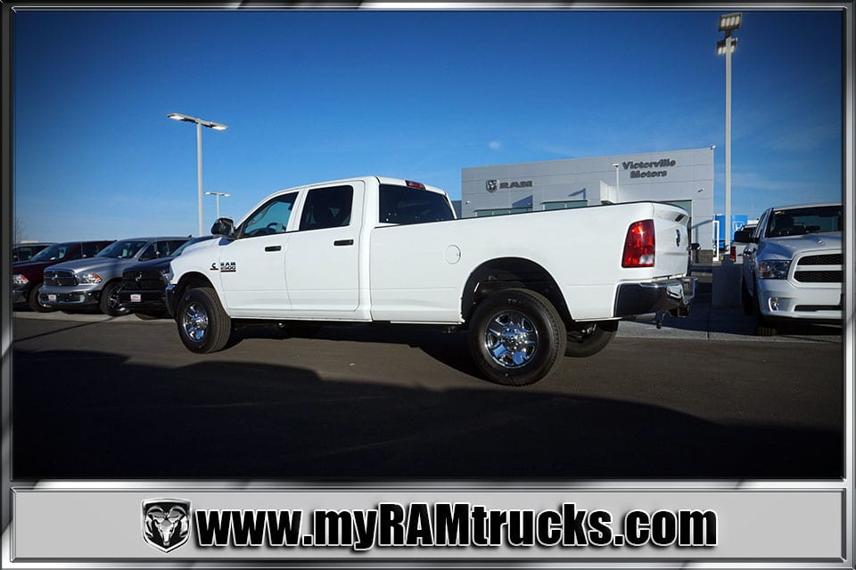 2018 Ram 2500 Crew Cab 4x4 Pickup #8T3028 - photo 2