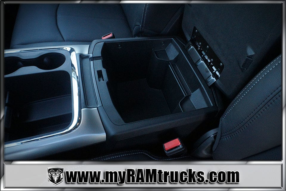 2018 Ram 2500 Crew Cab 4x4,  Pickup #8T3044 - photo 25