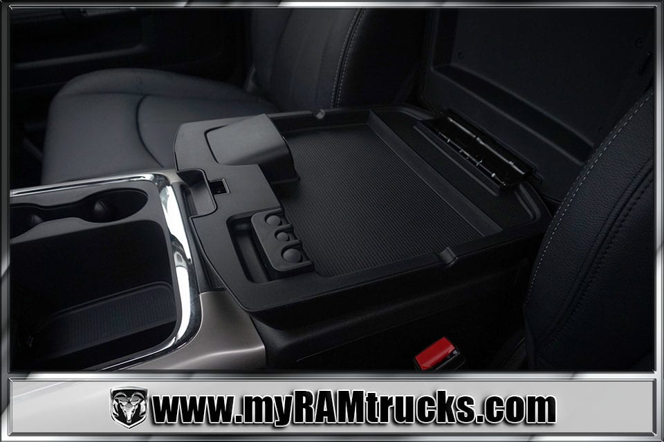 2018 Ram 2500 Crew Cab 4x4,  Pickup #8T3046 - photo 25