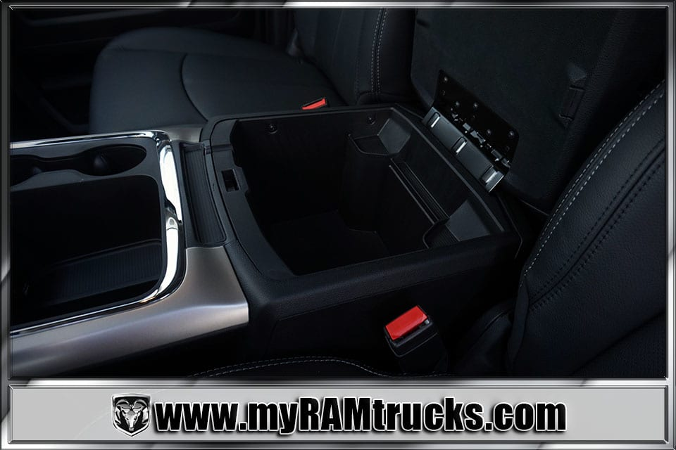 2018 Ram 2500 Crew Cab 4x4,  Pickup #8T3063 - photo 25