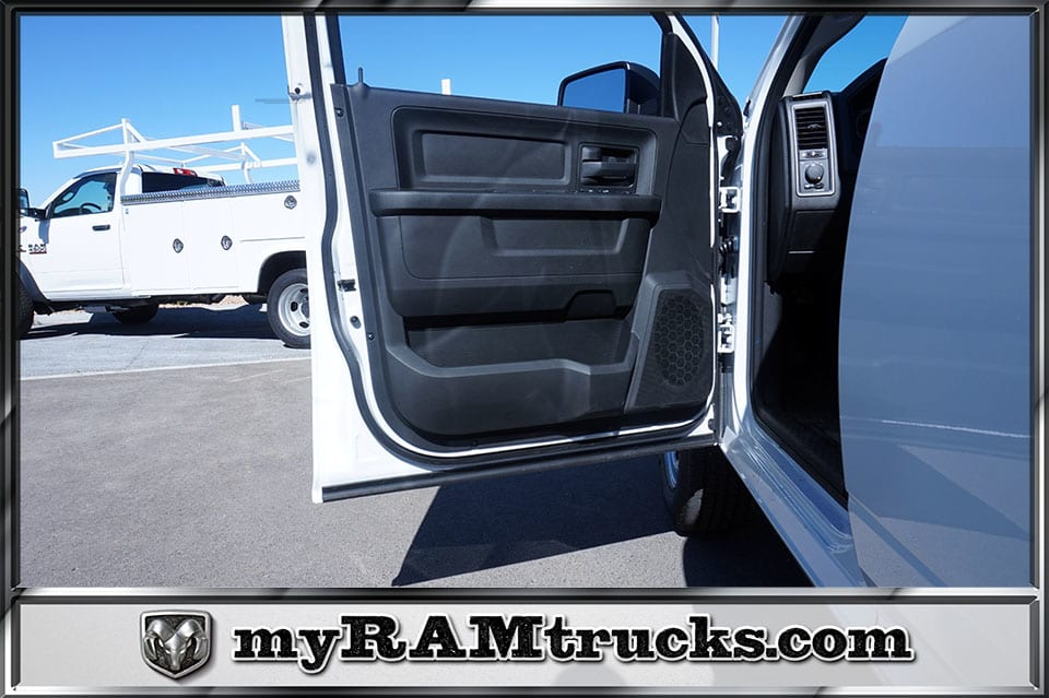 2018 Ram 2500 Crew Cab 4x2,  Pickup #8T3140 - photo 10