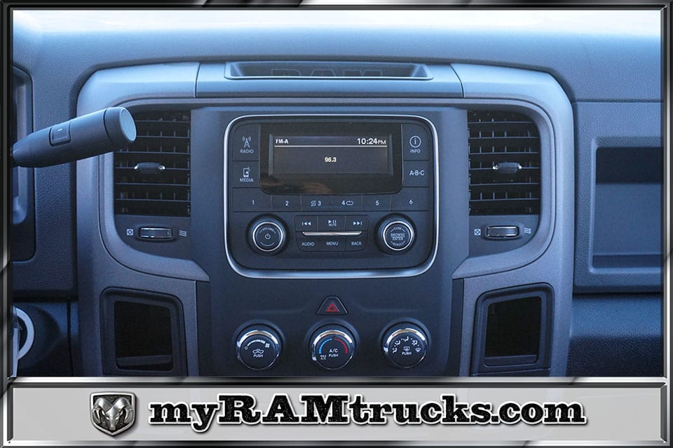 2018 Ram 2500 Crew Cab 4x2,  Pickup #8T3140 - photo 17