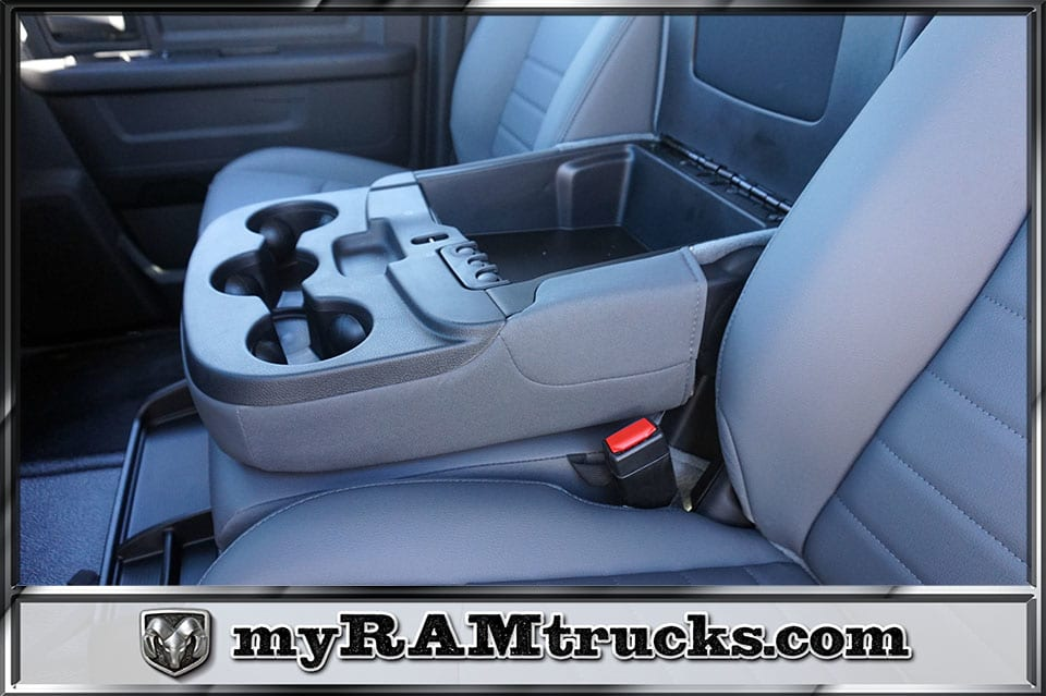 2018 Ram 2500 Crew Cab 4x2,  Pickup #8T3140 - photo 22