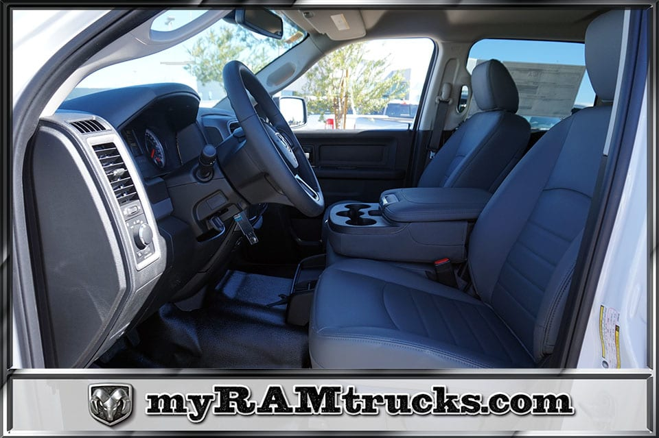 2018 Ram 2500 Crew Cab 4x2,  Pickup #8T3140 - photo 24