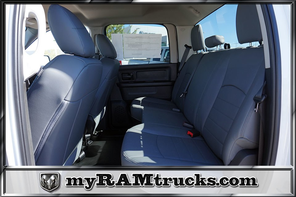 2018 Ram 2500 Crew Cab 4x2,  Pickup #8T3140 - photo 26