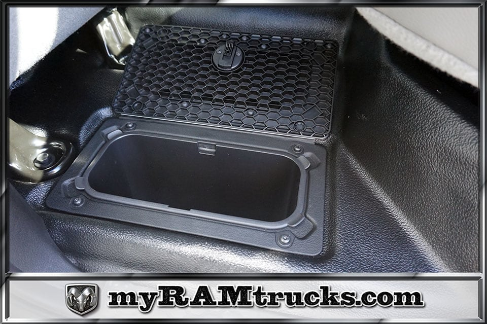 2018 Ram 2500 Crew Cab 4x2,  Pickup #8T3140 - photo 27