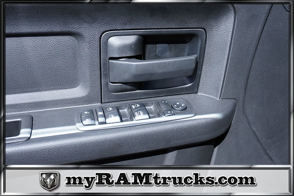 2018 Ram 2500 Crew Cab 4x4,  Pickup #8T3141 - photo 12