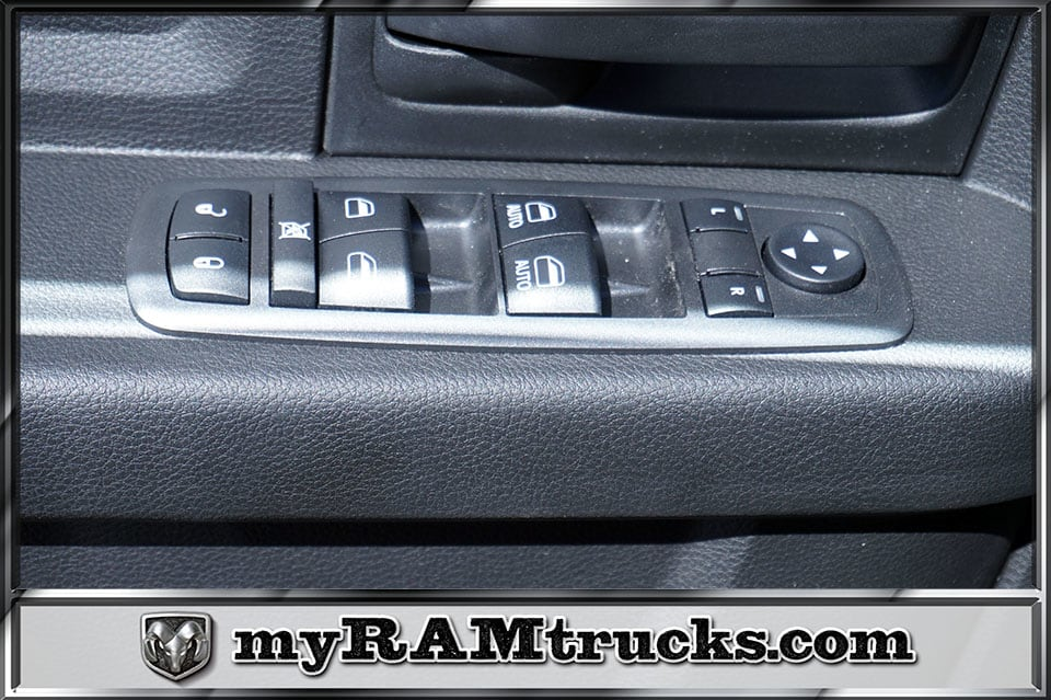 2018 Ram 2500 Crew Cab 4x4,  Pickup #8T3141 - photo 13