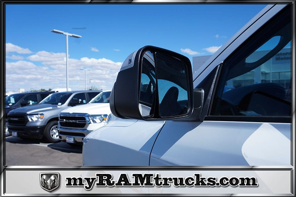 2018 Ram 2500 Crew Cab 4x4,  Pickup #8T3141 - photo 9