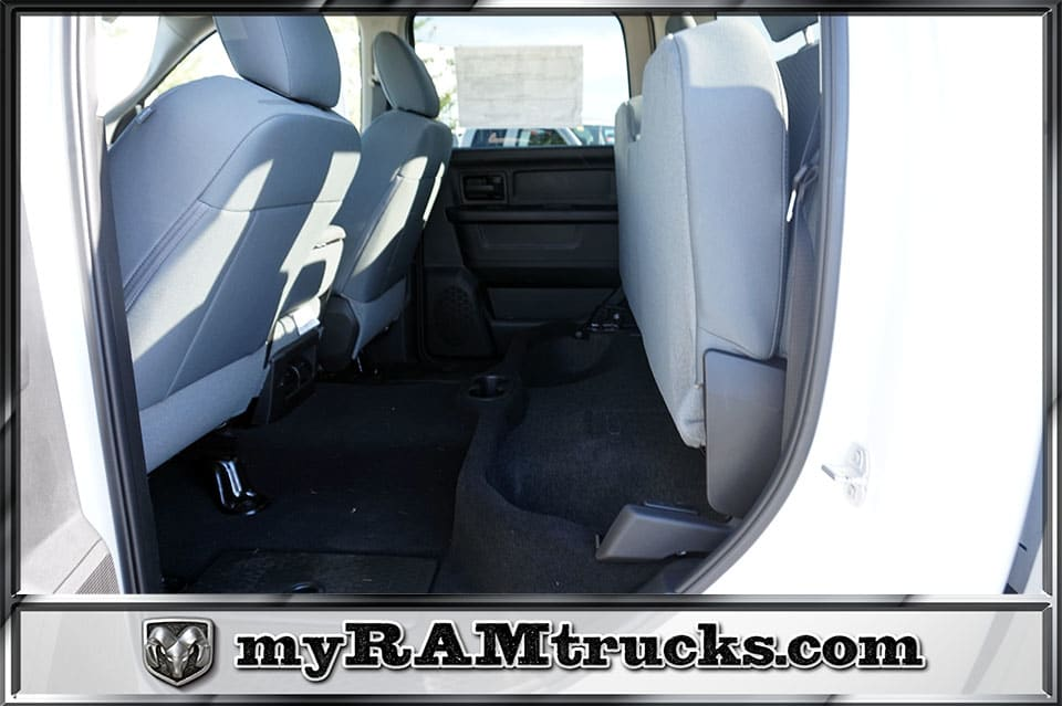 2018 Ram 2500 Crew Cab 4x4,  Pickup #8T3142 - photo 25