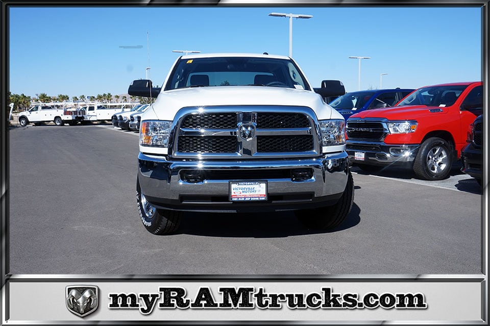 2018 Ram 2500 Crew Cab 4x4,  Pickup #8T3147 - photo 3