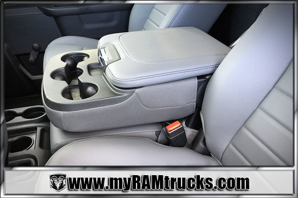 2018 Ram 3500 Regular Cab DRW 4x4, Cab Chassis #8T5027 - photo 18